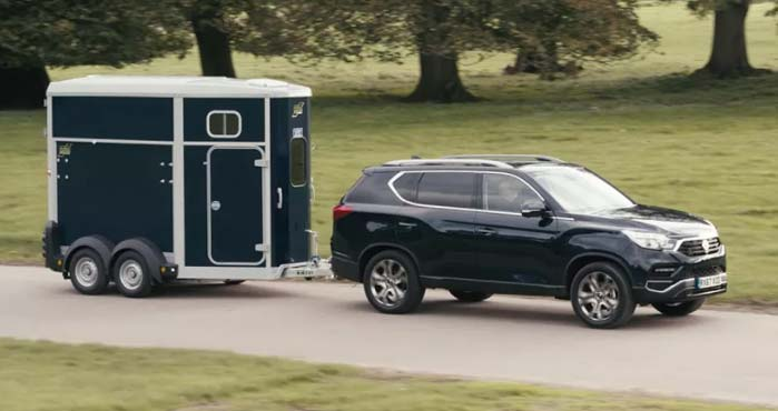 SsangYong Rexton Towing Video
